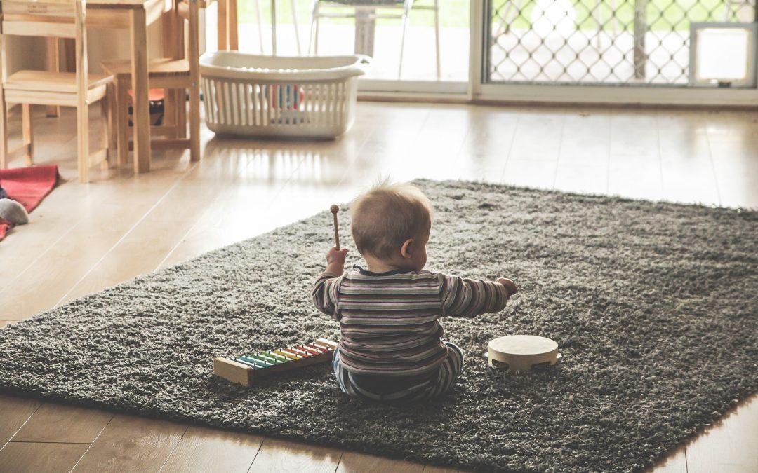 """Уебинар """"Светът на детето – от 0 до 1 години"""""""