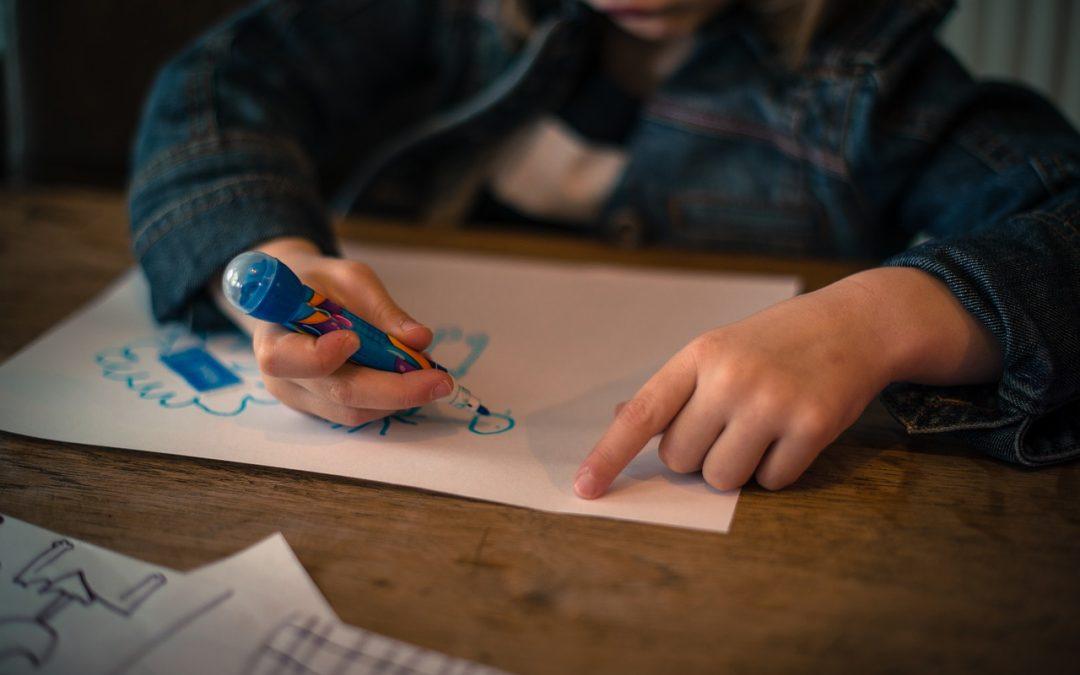Патрик Деларош: Опасно е да се правят интерпретации на детските рисунки